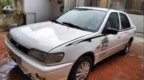 Cần bán lại xe Nissan Sunny năm sản xuất 1996, màu trắng, xe nhập