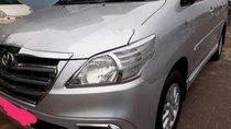 Bán Toyota Innova E đời 2014, màu bạc số sàn, giá chỉ 445 triệu