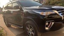 Bán xe Toyota Fortuner 2.7V 4x2 AT đời 2017, màu đen, xe nhập như mới