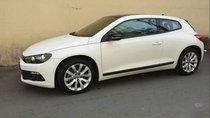 Bán Volkswagen Scirocco AT, màu trắng, Sx 2010 và đăng ký tháng 2011