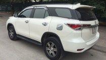 Cần bán gấp xe cũ Toyota Fortuner AT đời 2017, màu trắng