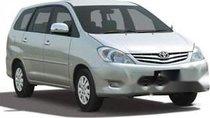 Cần bán xe Toyota Innova sản xuất 2006, màu bạc, 320 triệu