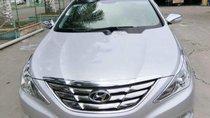 Cần bán gấp Hyundai Sonata đời 2010, màu bạc, xe nhập, giá tốt