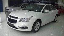 Cần bán Chevrolet Cruze đời 2016, màu trắng, giá tốt