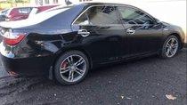 Cần bán xe Toyota Camry đời 2016, màu đen