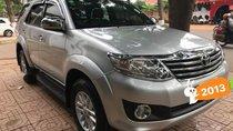 Cần bán xe Toyota Fortuner 2.7V đời 2013, màu bạc