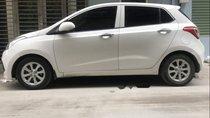 Chính chủ bán Hyundai Grand i10 sản xuất năm 2016, màu trắng, xe nhập