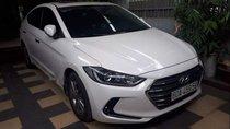Bán xe Hyundai Elantra 1.6AT 2018, màu trắng, 640 triệu