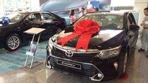 Toyota Tân Cảng bán Camry 2.0 - xe giao ngay đủ màu- ưu đãi nhiều gói quà tặng - vay 90% trả trước 240tr - LH 0933000600