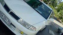 Cần bán lại xe Mitsubishi Lancer MT năm sản xuất 2000, màu trắng, máy phun xăng không hao xăng