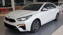 Kia Giải Phóng bán ô tô Kia Cerato 1.6L AT sản xuất 2018, màu trắng