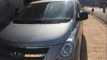 Bán Hyundai Starex đời 2012, màu bạc, xe nhập xe gia đình