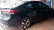 Cần bán gấp Kia Cerato đời 2018, màu đen, giá 530tr