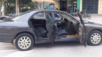 Cần bán xe Mitsubishi Galant đời 1998, màu xám số tự động, 125 triệu