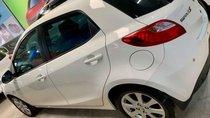 Cần bán lại xe Mazda 2 S 2014, màu trắng, nhập khẩu nguyên chiếc, giá 425tr