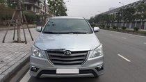 Chính chủ gia đình cần bán gấp Toyota Innova 2.0E sản xuất 2015, số sàn, màu bạc, gia đình đang sử dụng, LH 0986406985