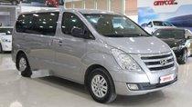 Bán Hyundai Starex 2.4MT đời 2015, màu bạc, nhập khẩu nguyên chiếc