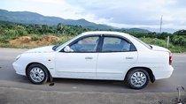 Cần bán gấp Daewoo Nubira II 2.0 đời 2002, màu trắng, giá chỉ 110 triệu
