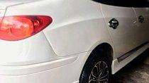 Bán Hyundai Avante đời 2012, màu trắng, nhập khẩu nguyên chiếc, xe gia đình
