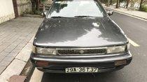 Cần bán Nissan Bluebird 2.0 MT năm sản xuất 1992, màu xám
