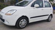 Cần bán lại xe Chevrolet Spark 2010, màu trắng, xe đẹp
