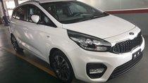 Cần bán xe Kia Rondo 2.0L 2018, màu trắng, xe đẹp