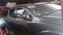 Cần bán gấp Nissan Navara EL năm sản xuất 2017, màu xám, nhập khẩu nguyên chiếc