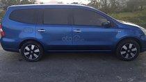 Cần bán gấp Nissan Grand livina sản xuất năm 2010, màu xanh lam, giá 299tr