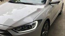Bán Hyundai Elantra 2.0 đời 2017, màu trắng, giá tốt