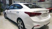 Bán Hyundai Accent MT đời 2018, màu trắng, 490 triệu