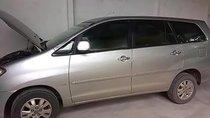 Cần bán xe Toyota Innova V đời 2010, màu bạc