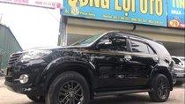 Bán xe Toyota Fortuner V 4x2 sản xuất 2015, màu đen như mới