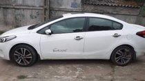 Cần bán gấp Kia Cerato 1.6 MT năm sản xuất 2018, màu trắng, giá tốt