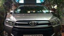 Cần bán xe Toyota Innova sản xuất 2018, màu bạc, 720 triệu