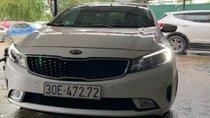Bán Kia Cerato 2.0 AT 2016, màu trắng chính chủ, giá tốt