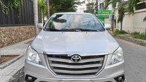 Bán Toyota Innova 2015, màu bạc, số sàn, tôi đứng tên
