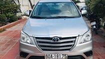 Bán Toyota Innova 2014, số sàn, xe công ty có xuất hợp đồng