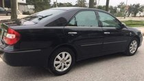 Cần bán gấp Toyota Camry đời 2002, màu đen