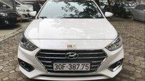 Cần bán Hyundai Accent 1.4MT đời 2018, màu trắng, số tự động