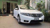 Cần bán gấp Honda City sản xuất năm 2014, màu trắng còn mới