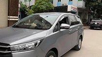Bán ô tô Toyota Innova 2.0E đời 2016, màu bạc như mới