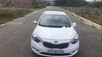 Cần bán Kia K3 sản xuất 2016, màu trắng, chính chủ