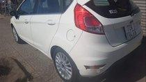 Cần bán Ford Fiesta đời 2016, màu trắng, nhập khẩu nguyên chiếc như mới giá cạnh tranh