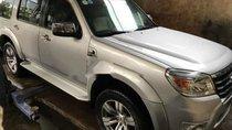 Cần bán lại Ford Everest 2.5L 4x2 MT năm 2011, màu bạc còn mới, giá chỉ 535 triệu