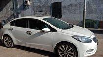 Cần bán gấp Kia K3 năm 2015, màu trắng