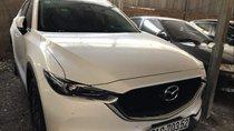 Cần bán gấp Mazda CX 5 2.5 năm 2018, màu trắng