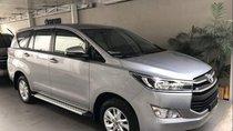 Bán xe Toyota Innova năm sản xuất 2019, màu bạc, giá tốt