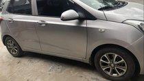 Cần bán xe Hyundai Grand i10 sản xuất năm 2014, màu bạc, nhập khẩu