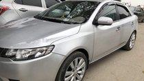 Cần bán Kia Forte đời 2010, màu bạc chính chủ, giá chỉ 285 triệu