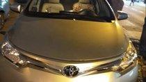 Cần bán Toyota Vios sản xuất năm 2017, màu bạc